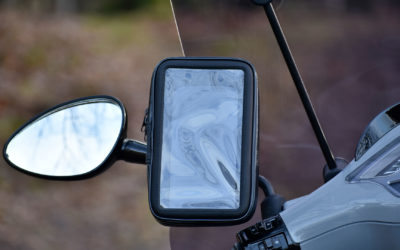 MANOS LIBRES lanceert nieuw product: Waterproof telefoonhouder voor de scooter, MP3 en meer!